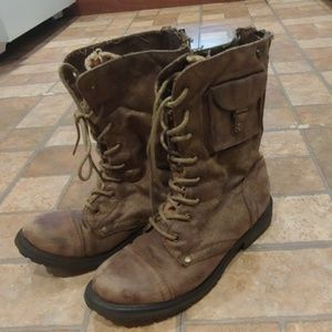 Roxy vintage military boots